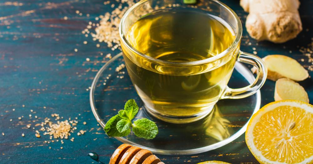 lemon honey tea in cup